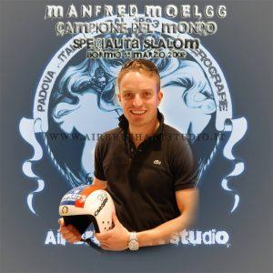 airbrushartstudio_it-aerografie-padova-italy-manfredmoelgg_helmet-carrera-mondialibormio15marzo2008