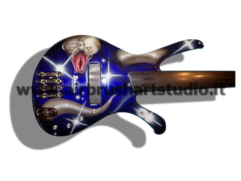 airbrushartstudio.it-aerografie-padova-italy-blue-snake-electricguitar