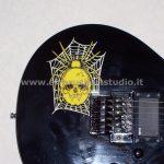 airbrushartstudio.it-aerografie-padova-italy-yellow-spider-electricguitar