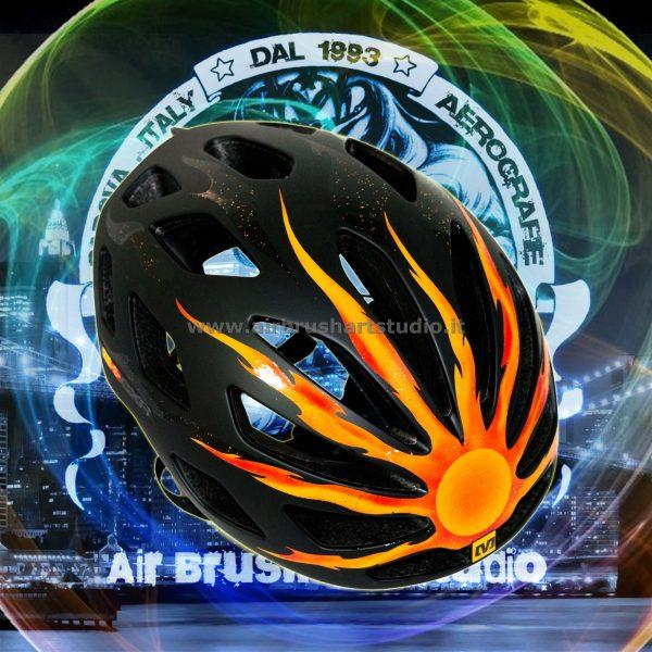 airbrushartstudio.it-aerografie-padova-italy-bike-helmet-yellowsun-black