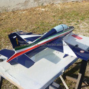 airbrushartstudio_it-aerografie-padova-italy-freccetricolori-mb339